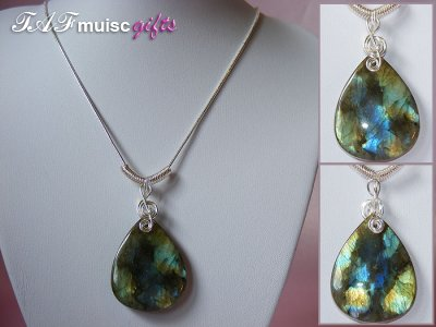Beautiful Labradorite handmade treble clef necklace
