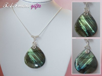 Charming Labradorite handmade treble clef necklace