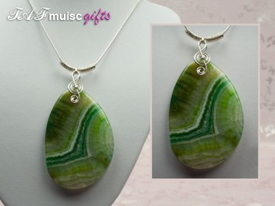 Ethnic feel Agate music themed necklace
