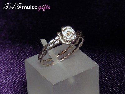 Non music themed Glenda ring