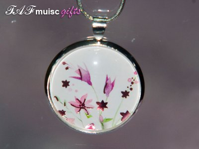 Handmade pink flower picture Glass dome necklace