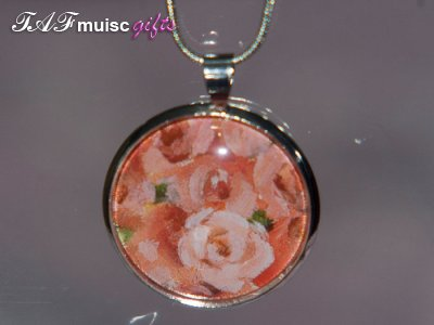 Handmade roses picture Glass dome necklace