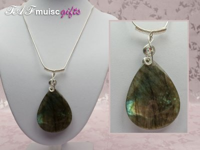 Labradorite treble clef music themed necklace