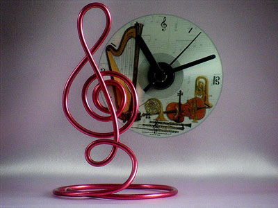 Music gifts pink treble clef CD clock