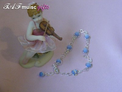 Music jewellery blue treble clef bracelet