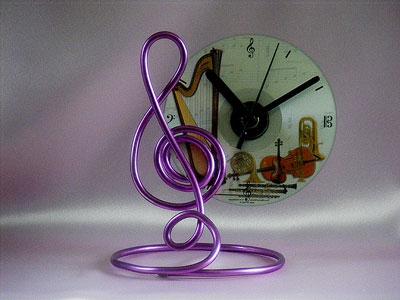 Musician gifts purple treble clef CD clock