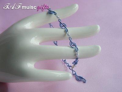 Musician jewellery blue treble clef bracelet