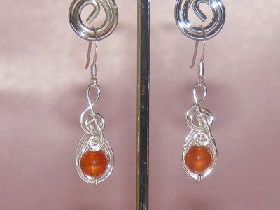 Orange veins Agate music themed earrings