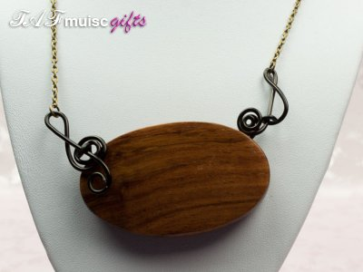 Treble clef quaver wooden pendant necklace